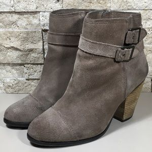 Vince Camuto Hasia Suede Ankle Boots Size 9